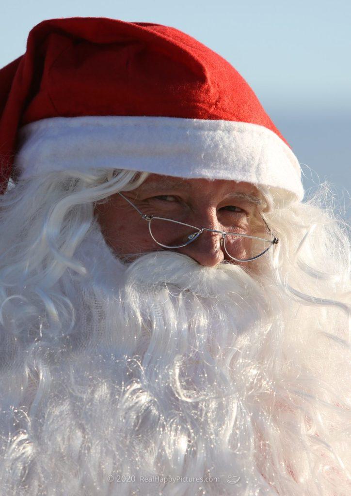 Dirk Jonker as Seaside Fun Santa